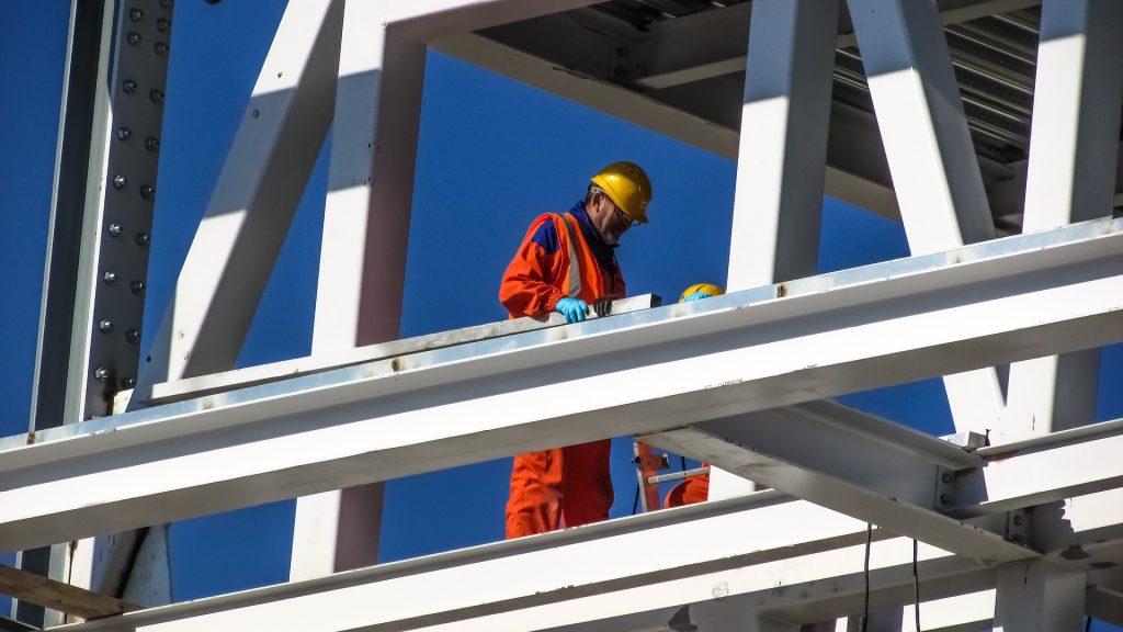 muncitor construcții